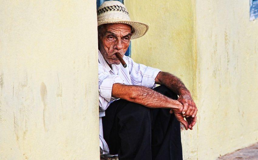 Cigarilosi i tompusi: zašto su tako posebne kubanske cigare?