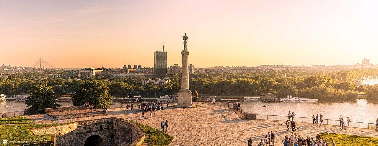 Pogled na spomenik Pobednika u Beogradu